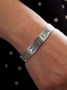 1208-#3-Silver-Tribal-Bangle