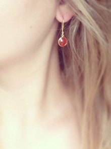 gold_red_onyx_earrings_lilyking2